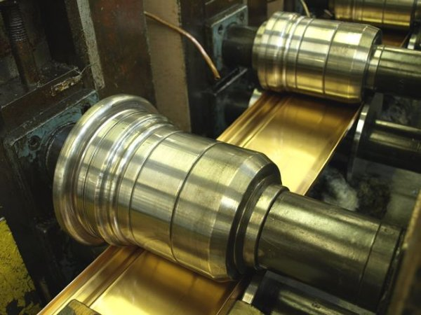 Roll Forming vs Press Braking Metal Forming Services
