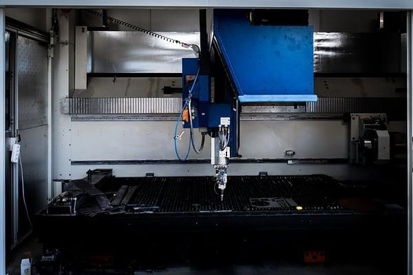 water jet cutting vs laser cutting