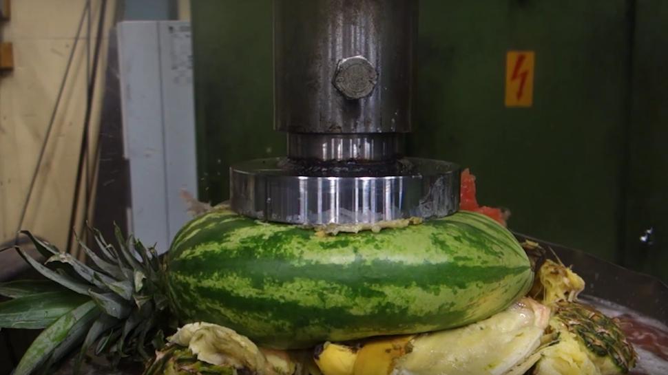 hydraulic press GIF -fruit.png